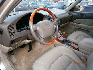 1999 Lexus LS 400 Luxury Sdn Memphis, Tennessee 10