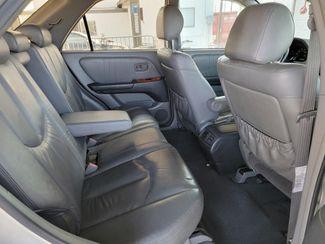1999 Lexus RX 300 Luxury SUV Gardena, California 12