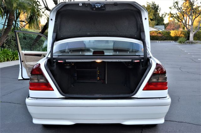 1999 Mercedes-Benz C230 KOMPRESSOR Reseda, CA 21