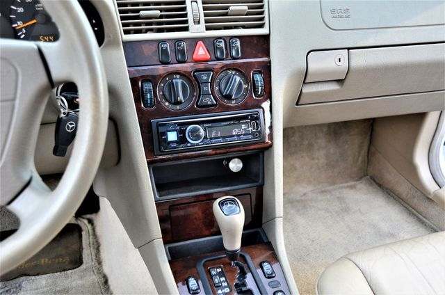 1999 Mercedes-Benz C230 KOMPRESSOR Reseda, CA 22
