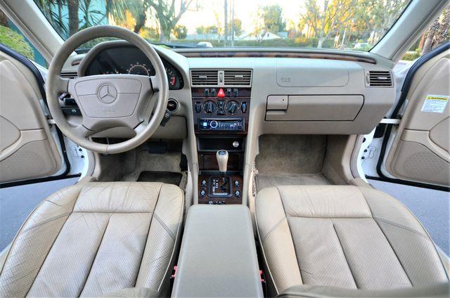 1999 Mercedes-Benz C230 KOMPRESSOR Reseda, CA 28