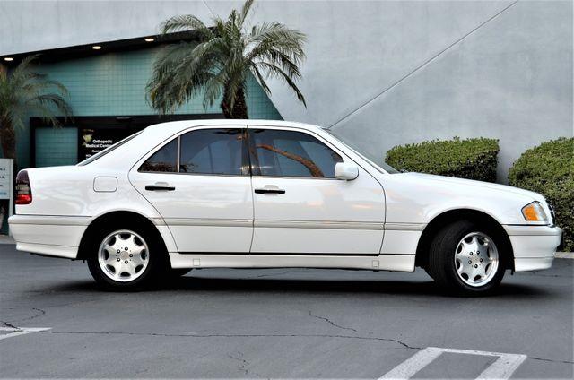 1999 Mercedes-Benz C230 KOMPRESSOR Reseda, CA 11