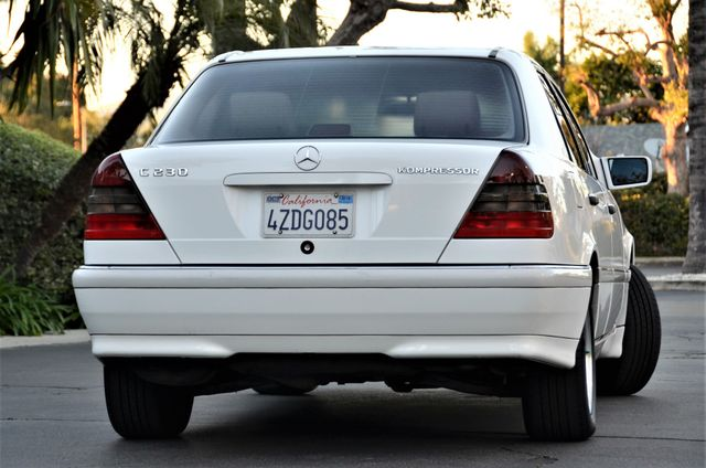 1999 Mercedes-Benz C230 KOMPRESSOR Reseda, CA 13