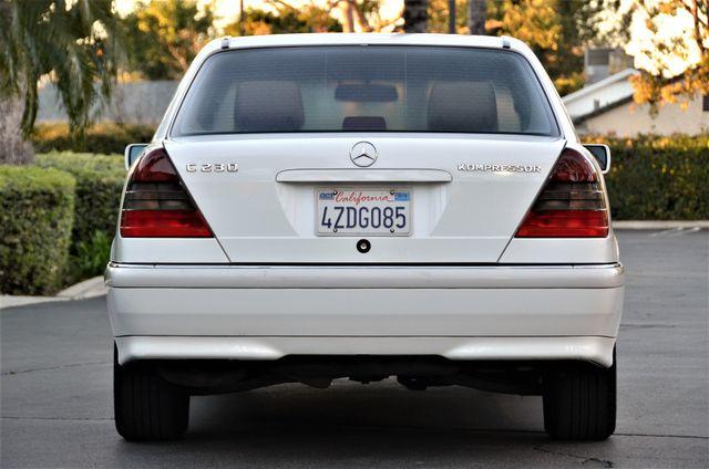 1999 Mercedes-Benz C230 KOMPRESSOR Reseda, CA 14