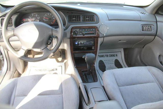 1999 Nissan Altima GXE Santa Clarita, CA 7