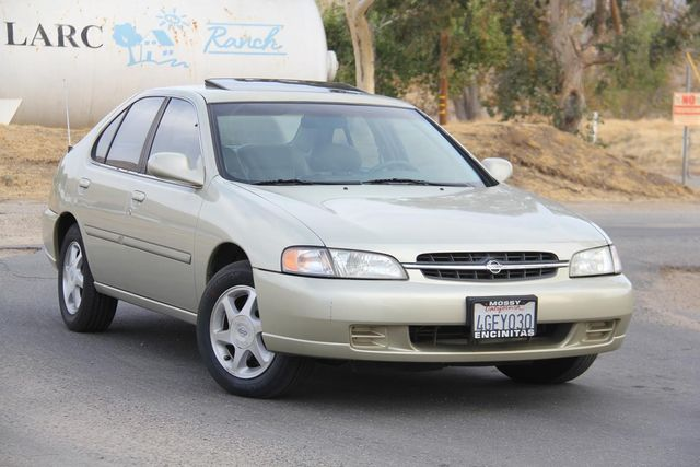 1999 Nissan Altima GLE Santa Clarita, CA 3
