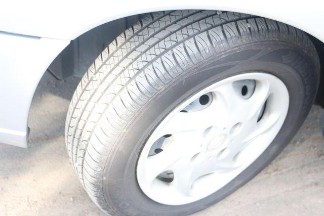 1999 Nissan Altima GXE Santa Clarita, CA 26