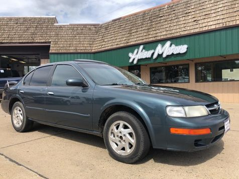 1999 Nissan Maxima GXE in Dickinson, ND