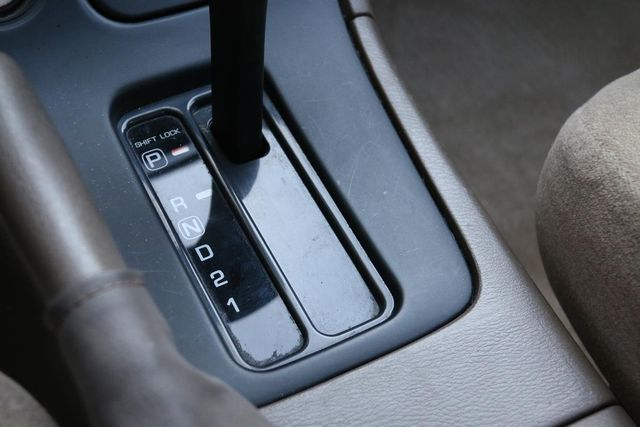 1999 Nissan Maxima GXE Santa Clarita, CA 23