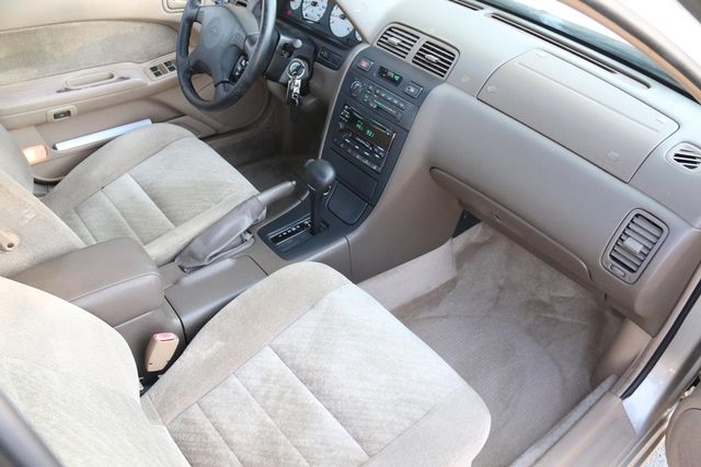 1999 Nissan Maxima GXE Santa Clarita, CA 9