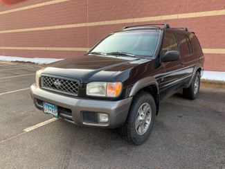 1999 Nissan Pathfinder XE Maple Grove, Minnesota 1