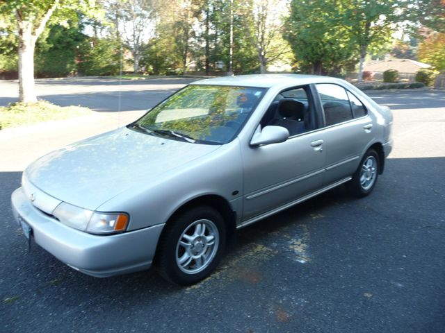 1999 Nissan Sentra XE in Portland OR, 97230