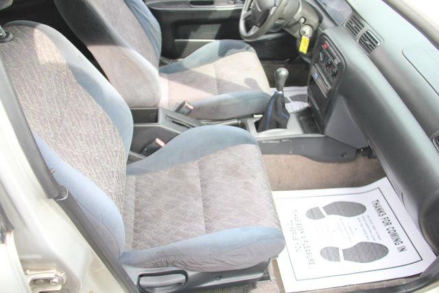 1999 Nissan Sentra GXE Santa Clarita, CA 14