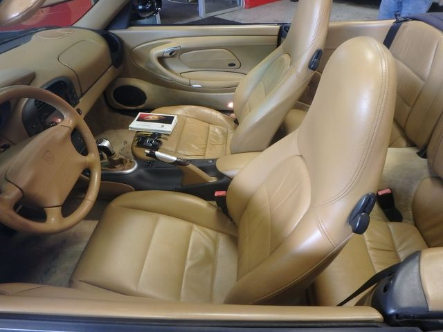 1999 Porsche 911 Conv. Carrera 4 (AWD) SUMMER STUNNER Saint Louis Park, MN 23