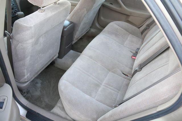 1999 Toyota Camry LE Santa Clarita, CA 16
