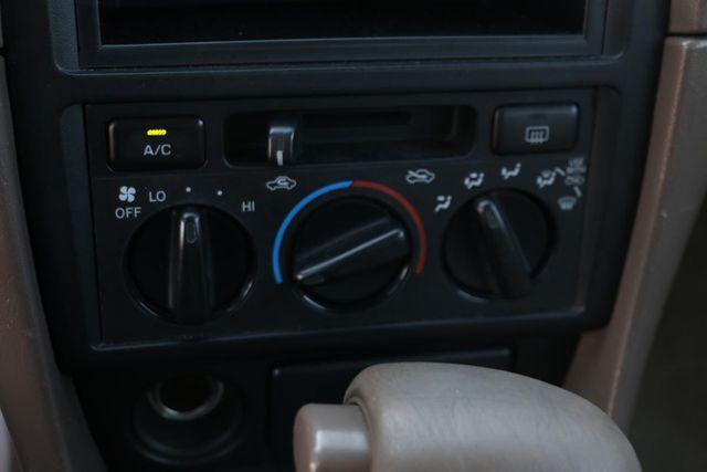 1999 Toyota Camry LE Santa Clarita, CA 20