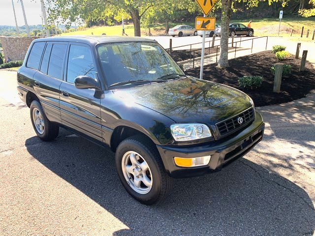 1999 Toyota RAV4 L in Knoxville, Tennessee 37920
