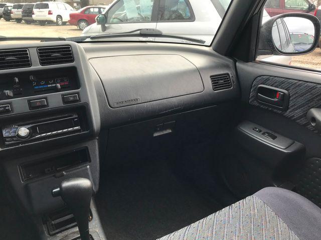 1999 Toyota RAV4 Ravenna, Ohio 9