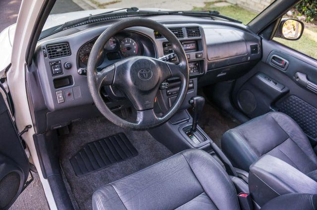 1999 Toyota RAV4 in Reseda, CA, CA 91335