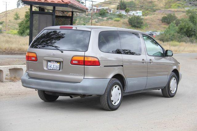 1999 Toyota Sienna CE Santa Clarita, CA 6