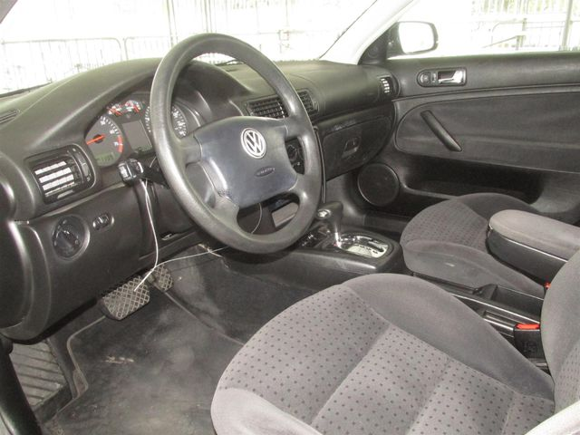 1999 Volkswagen Passat GLS Gardena, California 4