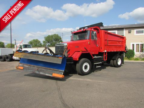 1999 Volvo Autocar 4x4 Plow Truck Dump with Sander  in St Cloud, MN