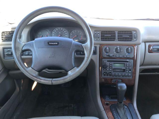 1999 Volvo V70 XC Ravenna, Ohio 8
