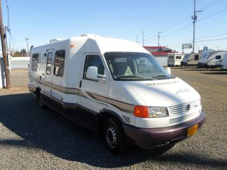 1999 Winnebago Rialta 22QD Salem, Oregon 1