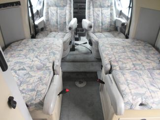 1999 Winnebago Rialta 22QD Salem, Oregon 10