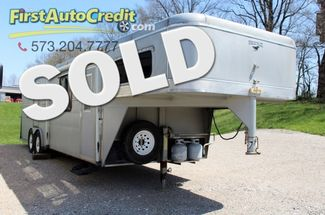 1999 Wrangler Horse Trailer w/ Living Quaters in Jackson MO, 63755
