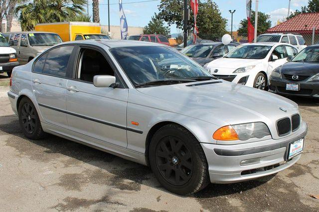 2000 BMW 323i I