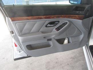 2000 BMW 528i 528iA Gardena, California 9