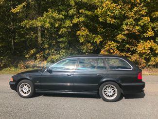 2000 BMW 528i 528iAT Wagon Ravenna, Ohio 1