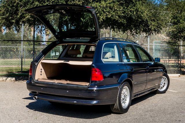 2000 BMW 528i 528iAT Reseda, CA 11