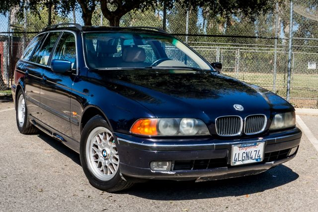 2000 BMW 528i 528iAT Reseda, CA 41