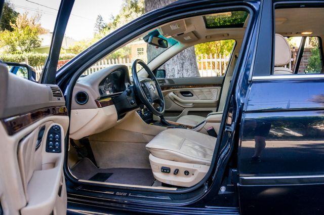 2000 BMW 528i 528iAT Reseda, CA 13