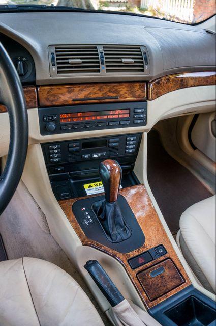 2000 BMW 528i 528iAT Reseda, CA 24