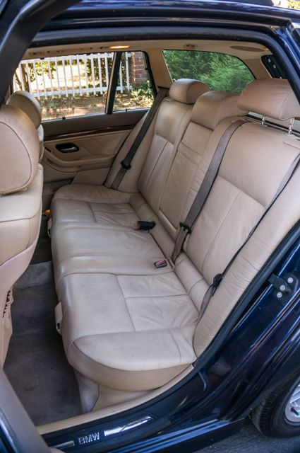 2000 BMW 528i 528iAT Reseda, CA 29