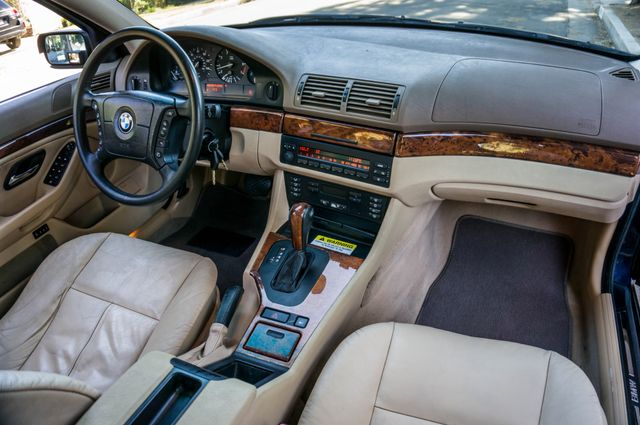 2000 BMW 528i 528iAT Reseda, CA 33