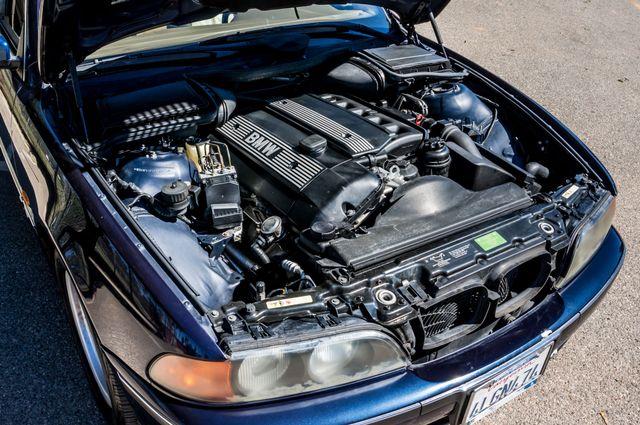 2000 BMW 528i 528iAT Reseda, CA 37