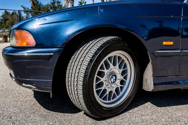 2000 BMW 528i 528iAT Reseda, CA 12
