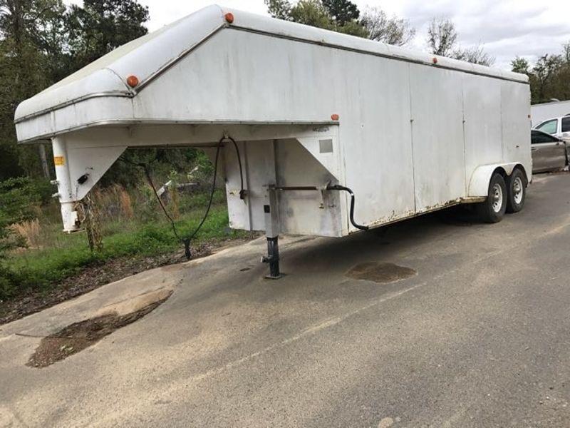 2000 Bounder Utility Horse Trailer  - John Gibson Auto Sales Hot Springs in Hot Springs Arkansas