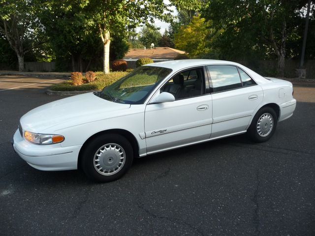 2000 Buick Century Limited in Portland OR, 97230