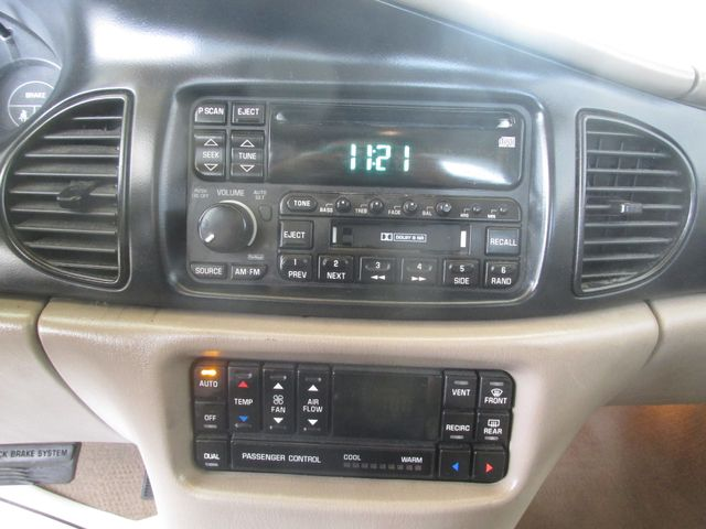2000 Buick Regal LS Gardena, California 6