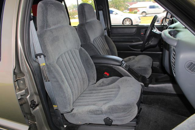 2000 Chevrolet Blazer LS 4X4 - ONLY 42K MILES - ONE OWNER - BOSE SOUND! Mooresville , NC 12