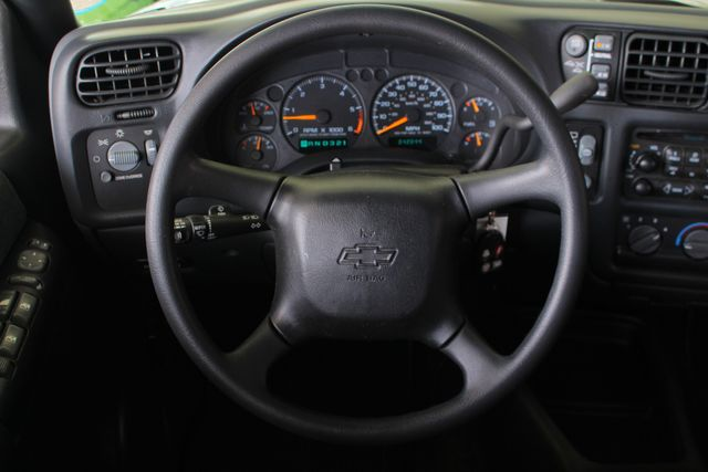 2000 Chevrolet Blazer LS 4X4 - ONLY 42K MILES - ONE OWNER - BOSE SOUND! Mooresville , NC 4