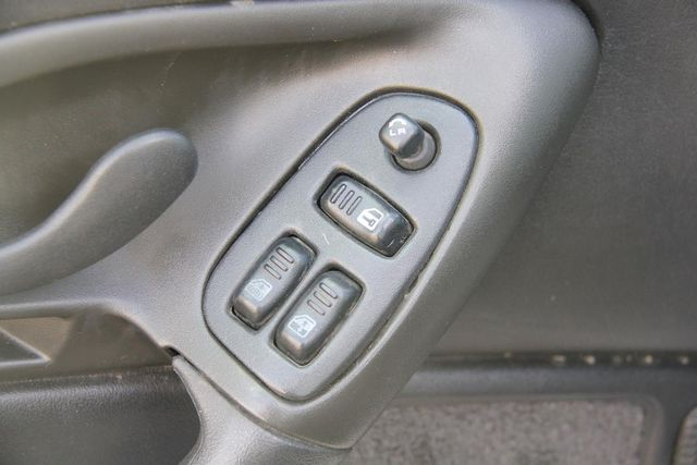 2000 Chevrolet Camaro Santa Clarita, CA 21