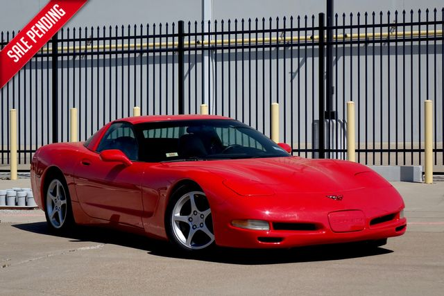 2000 Chevrolet Corvette * Magnetic Red* Heads Up* Bose*** | Plano, TX | Carrick's Autos in Plano TX