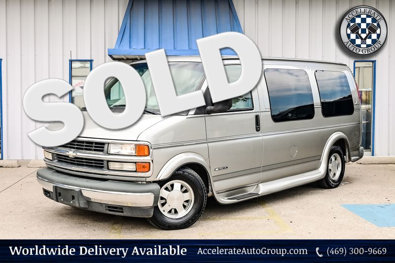 2000 Chevrolet Express Van 4.3L V6 W/ YF7 Upfitter Pkg 1-Owner Clean Carfax! in Rowlett Texas
