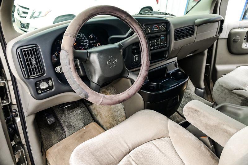 2000 Chevrolet Express Van 4.3L V6 W/ YF7 Upfitter Pkg 1-Owner Clean Carfax! in Rowlett, Texas